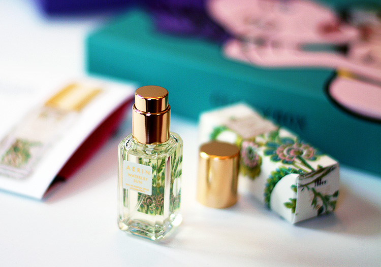 Glossybox April 2015 review by AnnRobieFashion: Parfum spray Waterlily Sun by Aerin