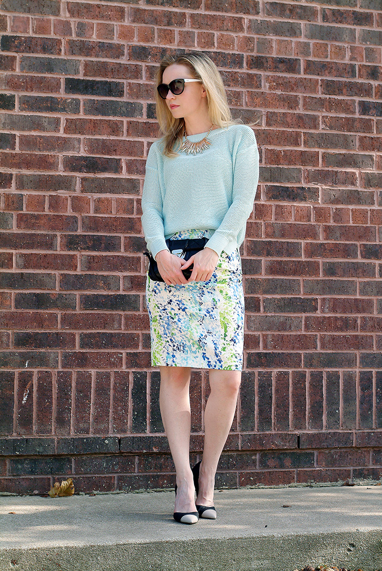 Outfit-Ideas-for-Petites-by-style-blogger-AnnRobieFashion-Turquoise-Sweater-LOFT-&-Short-Multi-Colored-Skirt-Ann-Taylor-2