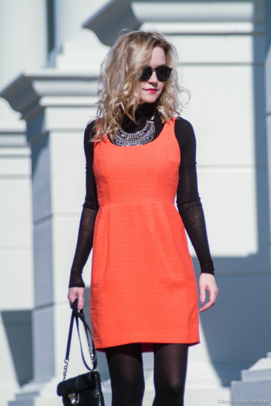 Urban contrasts - Orange & Black: orange sleeveless dress, black turtleneck sweater, suede heels - petite street style by fashion blogger AnnRobieFashion