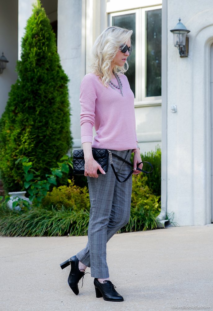 Blush pink sweater Ann Taylor, grey plaid ankle pants Banana Republic - fall outfit by petite style blogger AnnRobieFashion