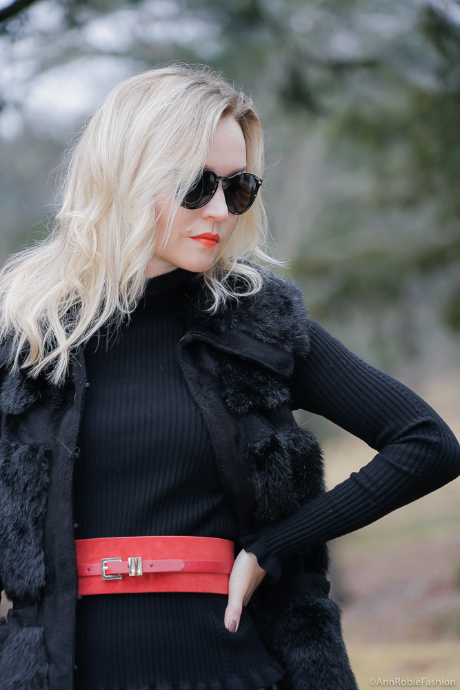 Winter color trend: Red Suede Belt