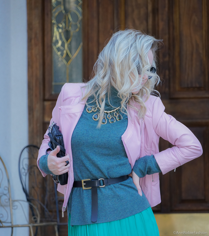 How to wear a midi skirt this spring: Turquoise turtleneck sweater, green midi skirt, lilac leather jacket - outfit by petite style blogger AnnRobieFashion