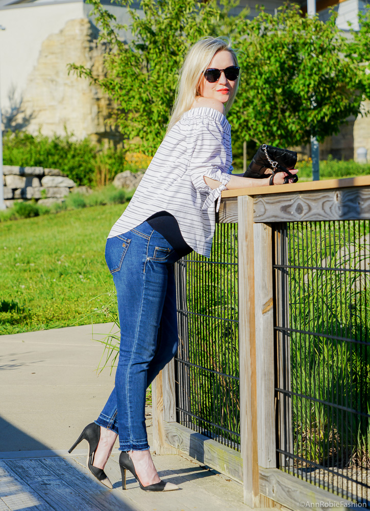 Striped off-the-shoulder top, skinny maternity jeans - casual outfit