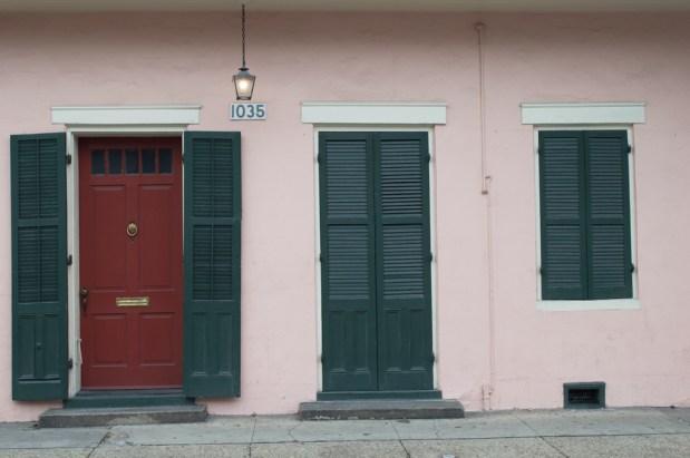 pink-house-red-door-web