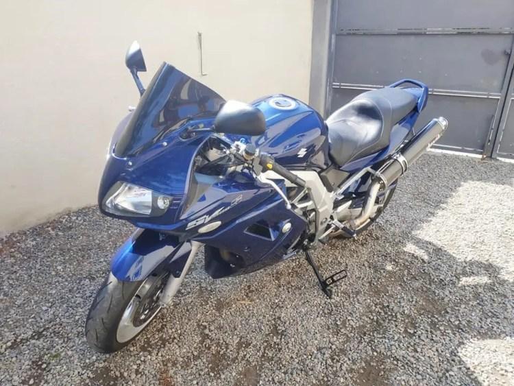 NETTOYAGE d'une moto