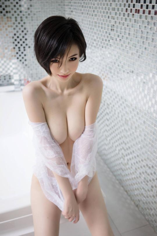 asiat topless short hair
