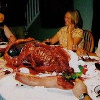Beginilah para Kanibal jaman Modern beraksi!