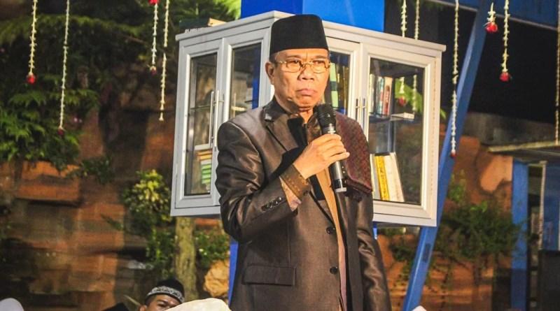 KH. M. Badruddin Anwar di Mata Alumni