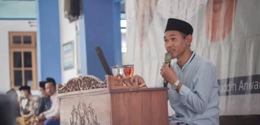 Kiai Nidhom, Syarat Mendapat Ilmu Manfaat