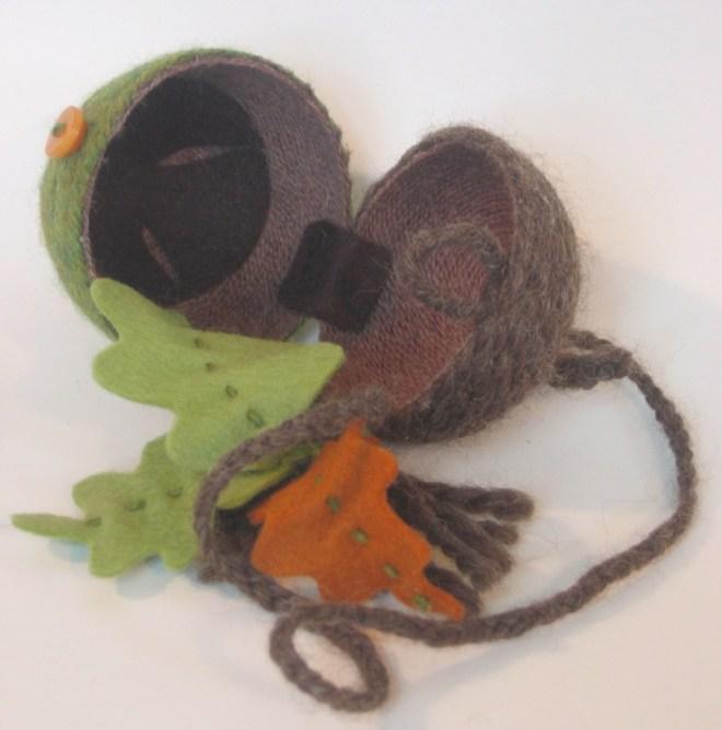 acorndetail.jpg