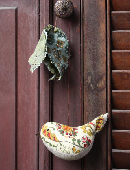 tassel bird