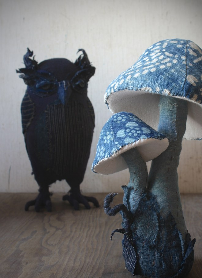 indigo owl toadstool