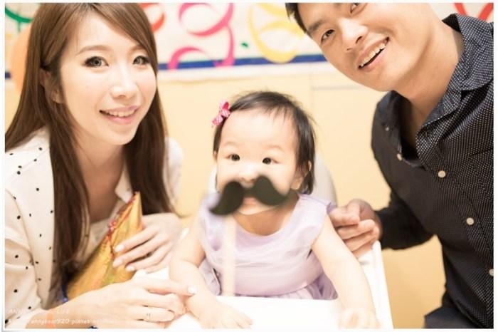 【育兒生活】小波妞的週歲趴怎麼籌劃 ♥ 包含親子餐廳場地 派對布置 空飄氣球 客製化蛋糕 抓週 小禮服 小物 專業攝影 (含費用)