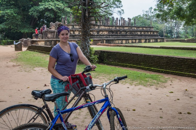 Cycling around Polonnaruwa on our trusty (read - rusty) bikes!