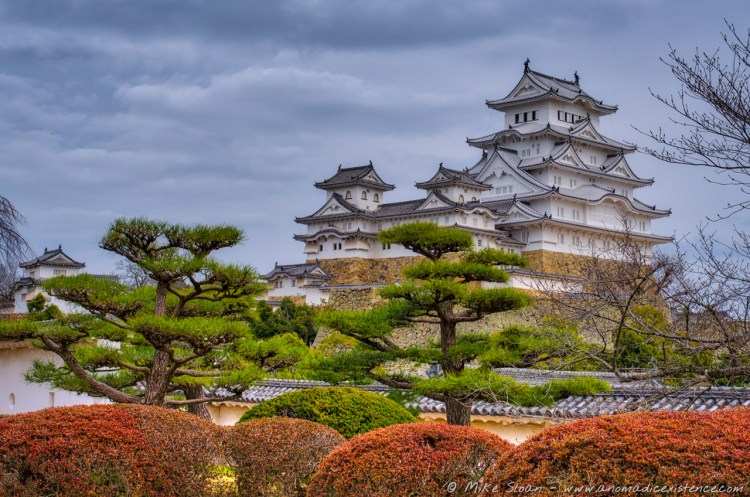 When you look at a photo like this, it's little wonder why Himeji constantly tops Japan's best castles lists...