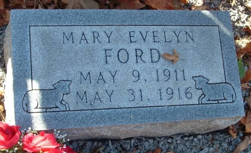 Mary Evelyn Ford tombe