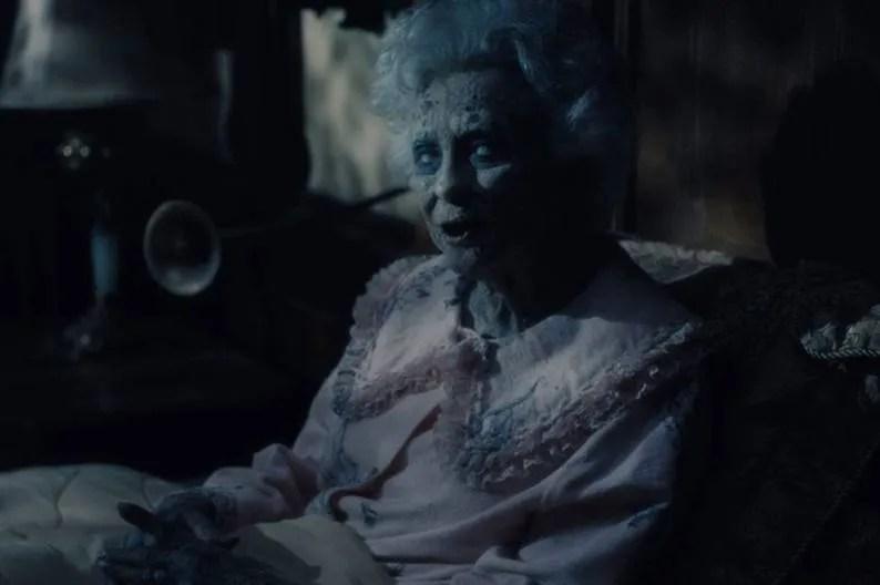Fantôme de vieille femme