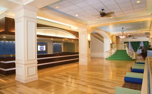 wyndham-lobby
