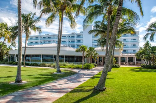 Naples Beach Hotel Golf Club