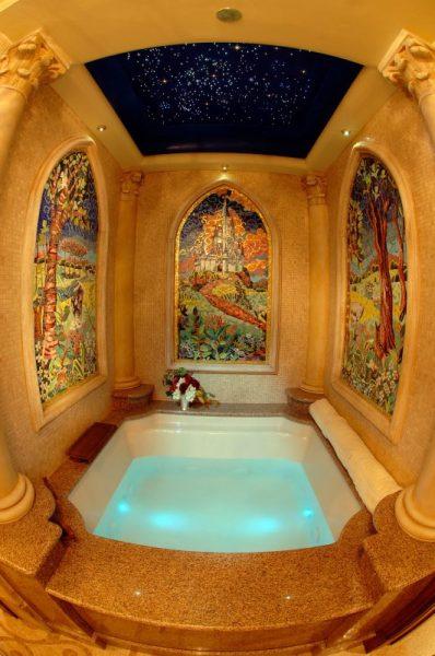 stay-cinderella-castle-suite
