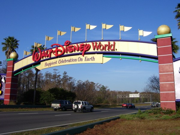 Disney resort parking fee
