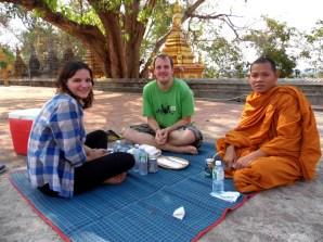 monk, meditation, meditating, siem reap, cambodia