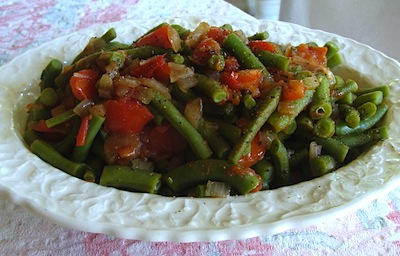 green beans-onion-tomtoes