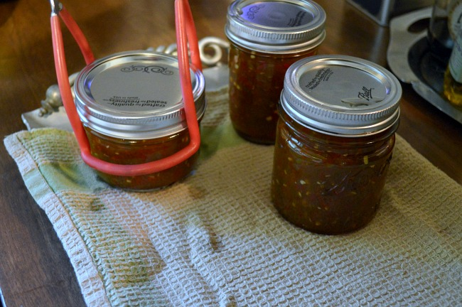 Water bath Canning tutorial-jars on towel-lined surface