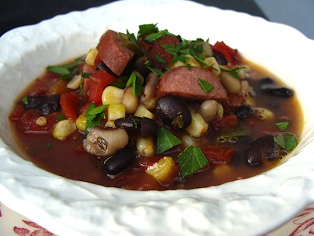 Black bean-sausage soup- a quick & healthy weeknight one pot meal.