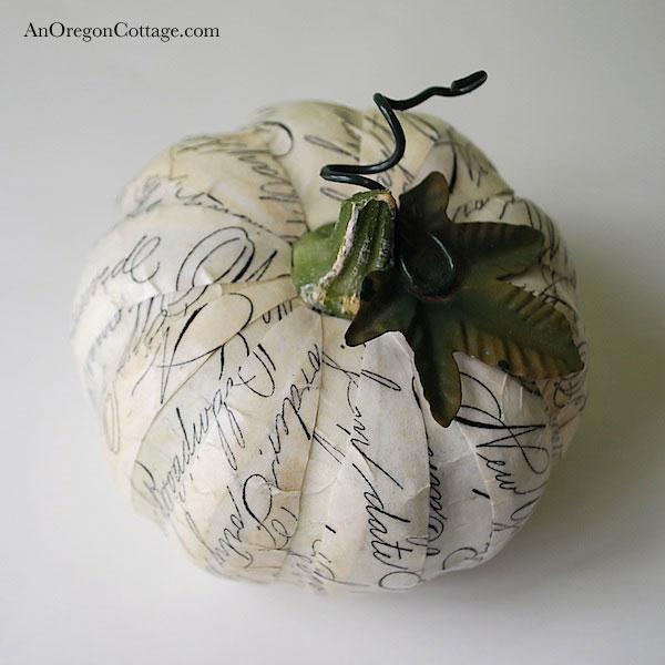 script newsprint pumpkin
