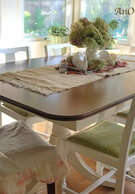 Thrift Store Furniture Transformations: Table and Chairs Makeover