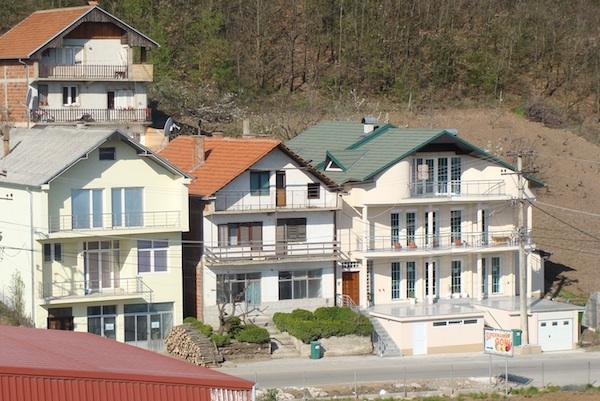 new kamencia houses