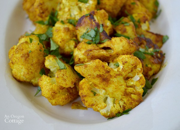 Looking to add healthy side dishes to your meals? Spicy Turmeric Roasted Cauliflower will win you over!