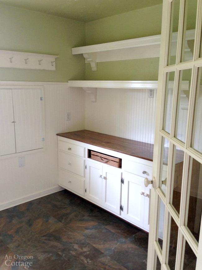 Empty farmhouse cottage laundry room