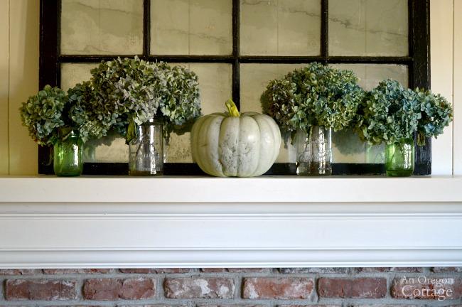 Simple Fall Decor- Hydrangea Jarrahdale Pumpkin Mantel