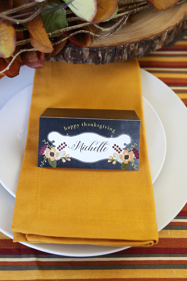 Thanksgiving Printable Place Cards via Today's Creative Life