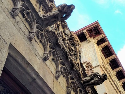 barcelona-weekend-gargoyles