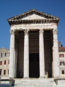 Pula Amphitheatre And Roman Ruins Bag