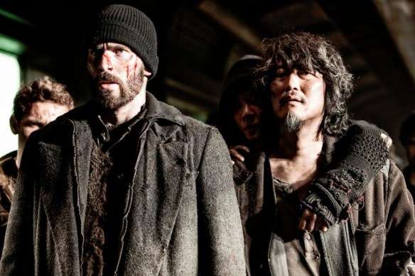 Snowpiercer-Le-Transperceneige-Photo-Chris-Evans-Song-Kang-Ho-01