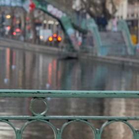 paris-elinore-background