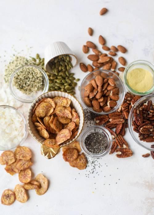 healthy-snacks-for-work-1-277328-1550000265214-main.500x0c.jpg
