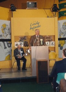 Mr. Skoronski served as the presenter when my dad was inducted into the Packer Hall of Fame in 1989.
