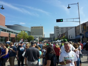 A herd of curd eaters and Oktoberfest revelers filled the Avenue.