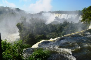 Here's a pretty shot of the falls on the Argentine side before the rainbows came to play.