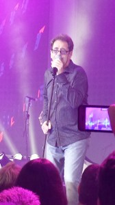 Huey Lewis and the smartphone