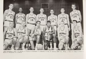 Oscar Robertson team photo UC