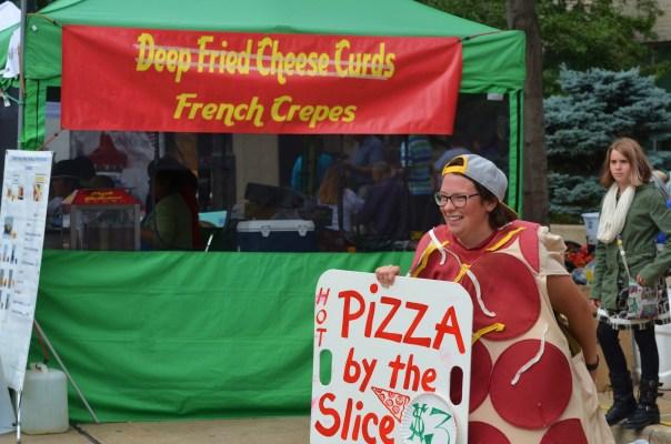 octoberfest-dancing-pizza