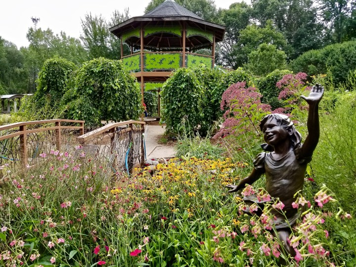 Beautiful places: The Green Bay Botanical Gardens