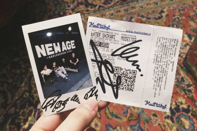 Signed ticket and photo!