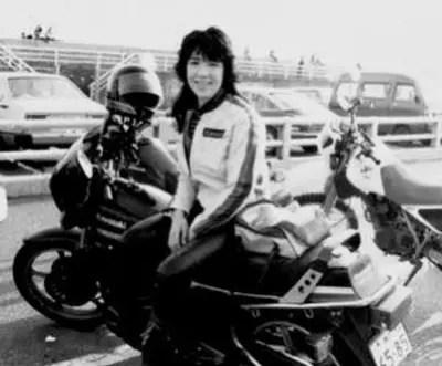 高市早苗,若い頃,可愛い,バイク